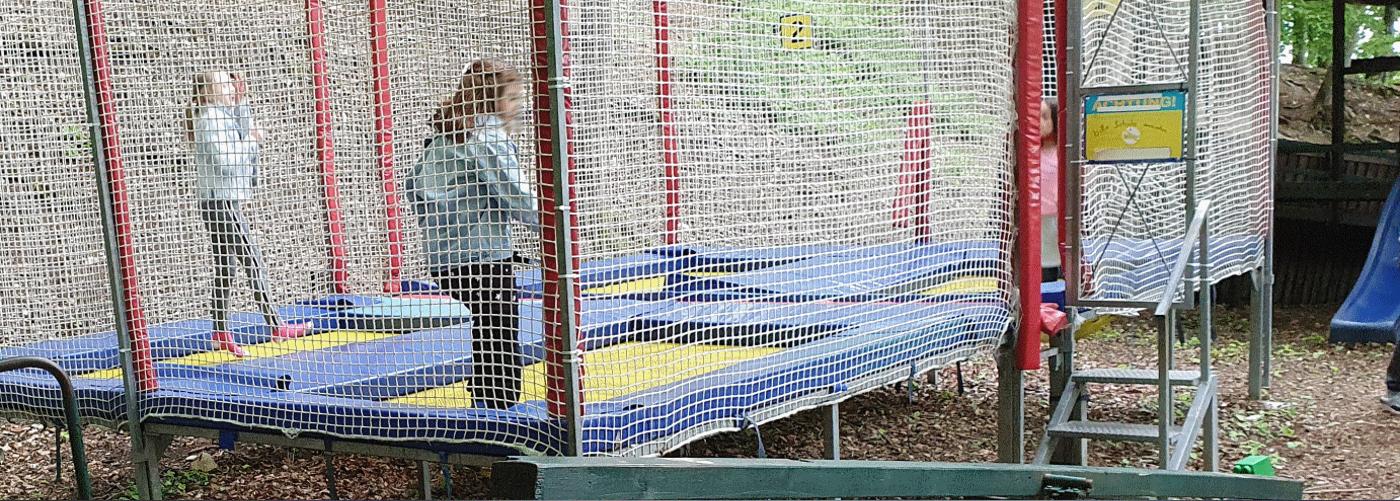 Sliderbild Kinderspielplatz beim Resturant