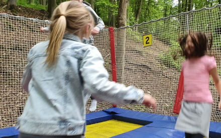 Wettelsheim Spielplatz Trampolin 2